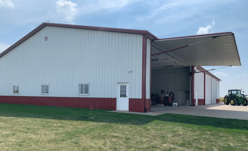 Machinery Storage with Hydraulic Door