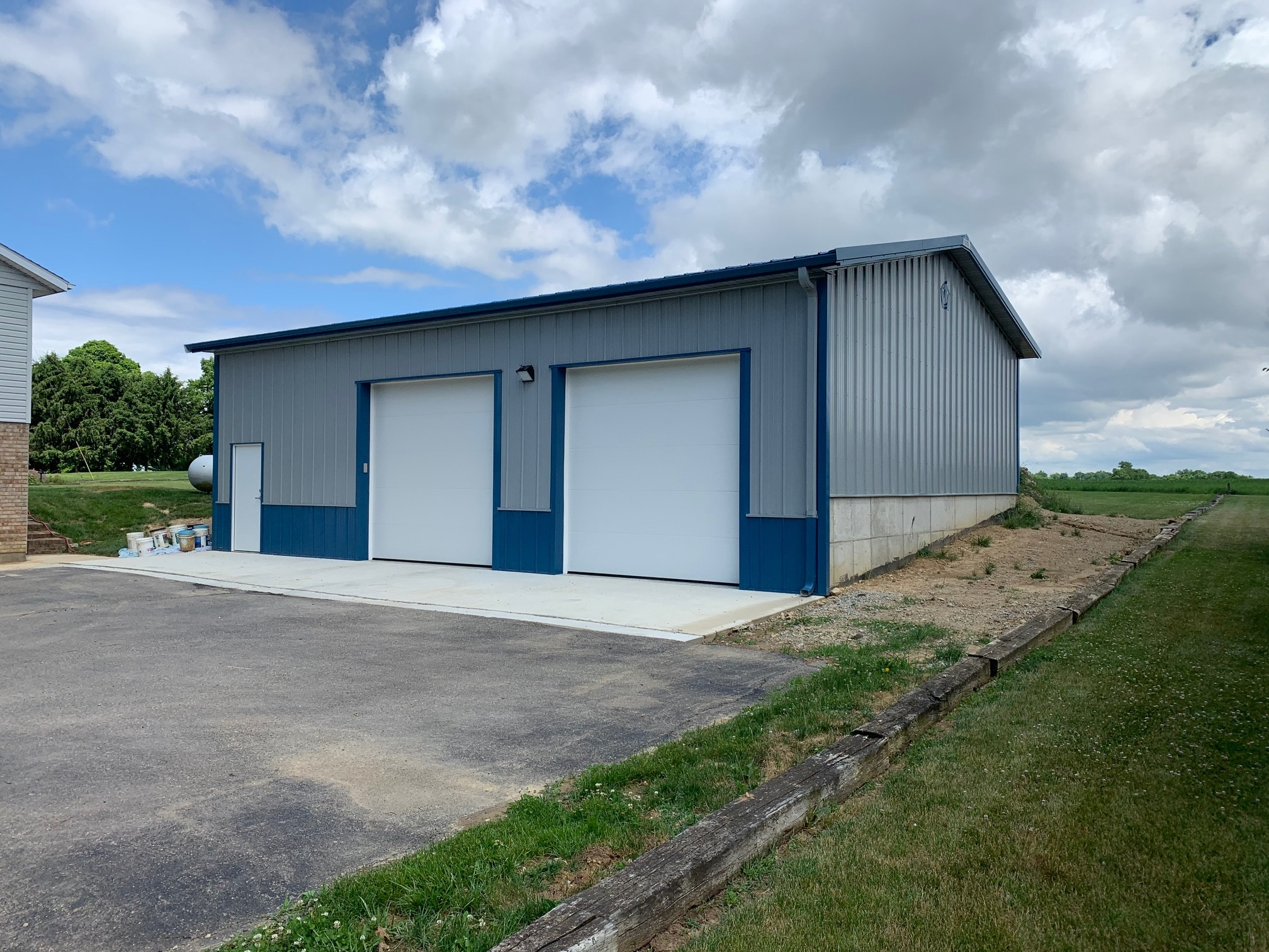 Backyard Garage - Walters Buildings
